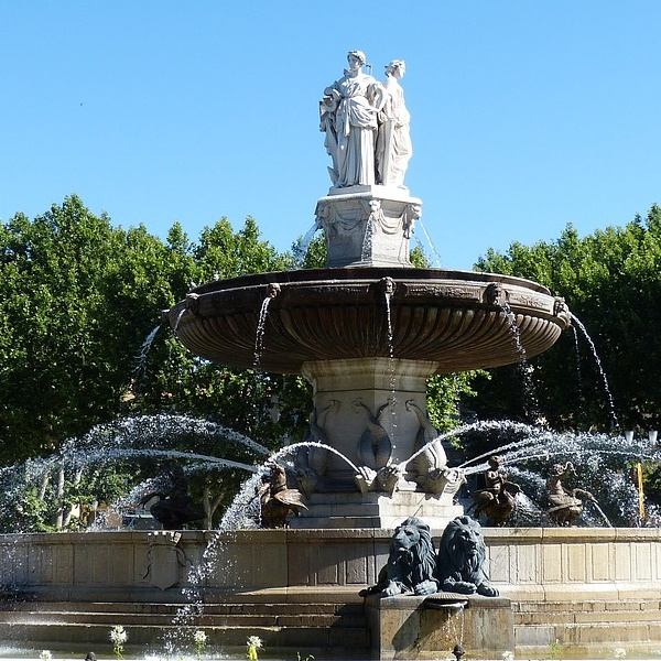 fountain- Aix 600x600